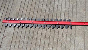 剪草机的刀片要磨吗?